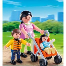 Mama cu copiii Playmobil